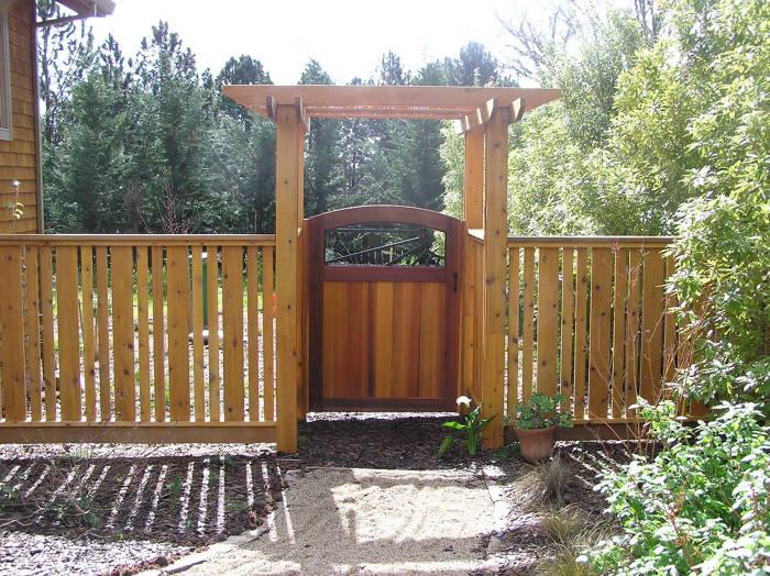 Cedar fence arbor and gate fine homebuilding for Cedar garden gate designs