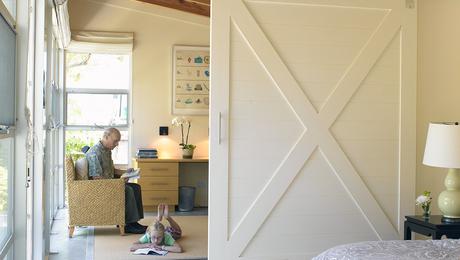 Barn_Door_guest_room
