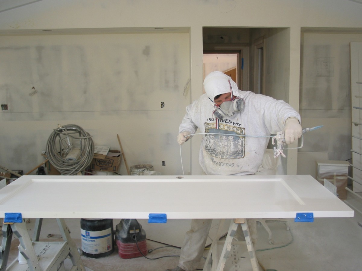 Spray painting a door fine homebuilding for How to spray paint doors