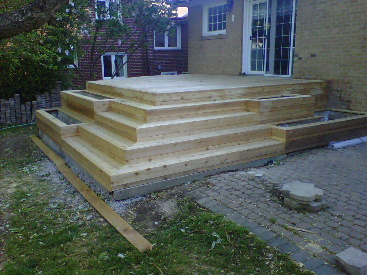 Hip Stairs And A Cedar Deck Fine Homebuilding