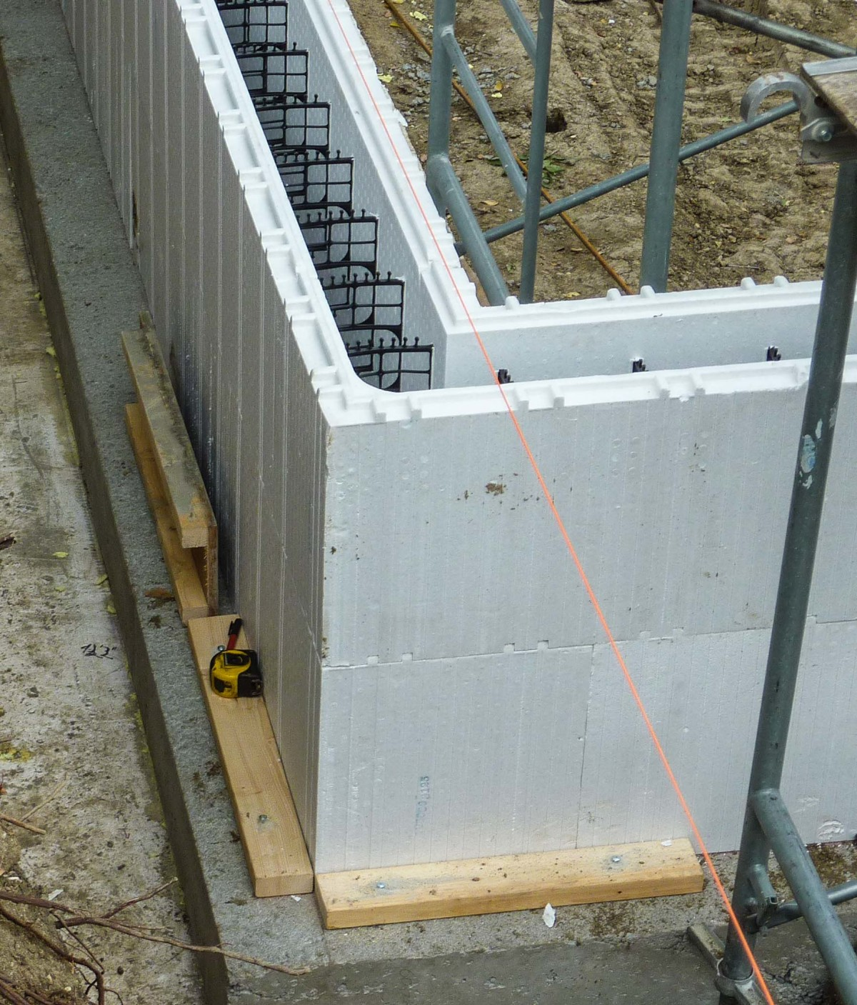Meet saskatchewan 39 s first passivhaus fine homebuilding for Concrete foam walls
