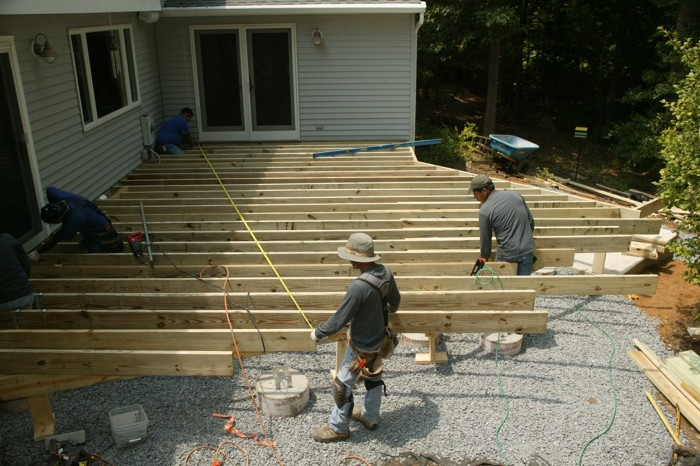framing a deck with a radius