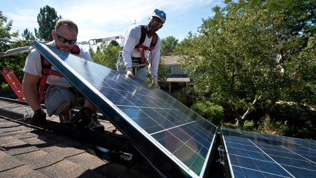 Solar advocates fearthe scheduled end of a federal tax credit for residential solar systems next year will cost thousands of jobs, but the nation's two trade groups can't agree on how best to convince Congress to extend it.