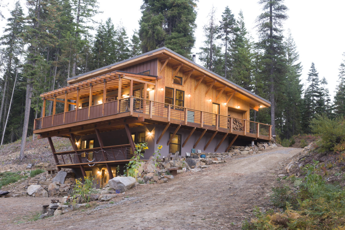 Off the grid near leavenworth fine homebuilding for Fine home building