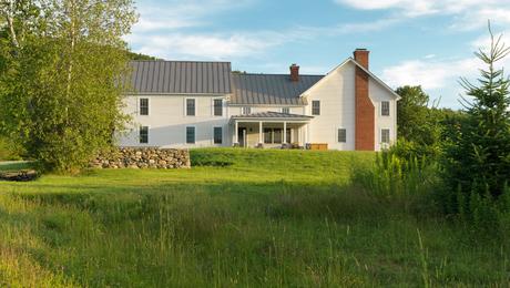 Classic-Farmhouse