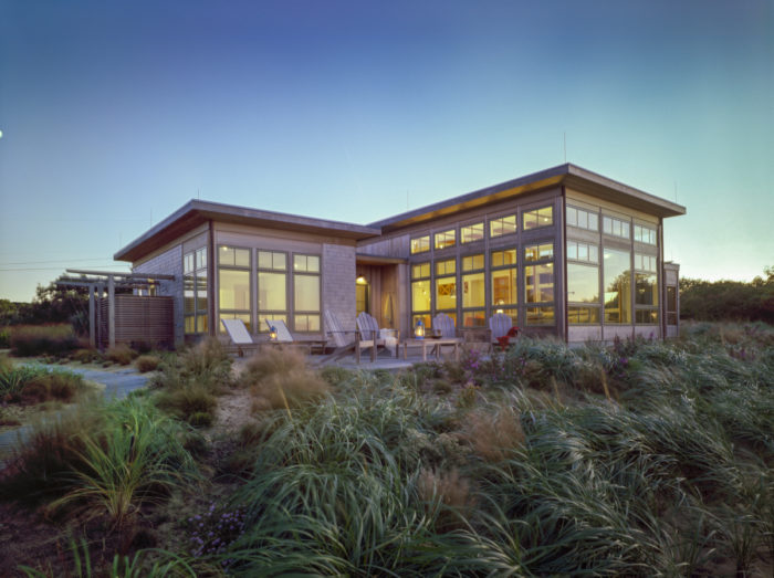 Image: © Brian Vanden Brink | Design: Hutker Architects