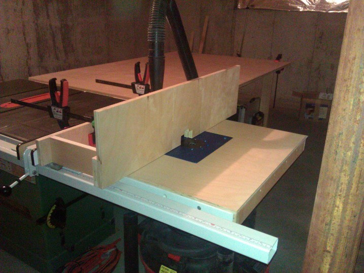 Table saw router extension wing finewoodworking x keyboard keysfo Choice Image