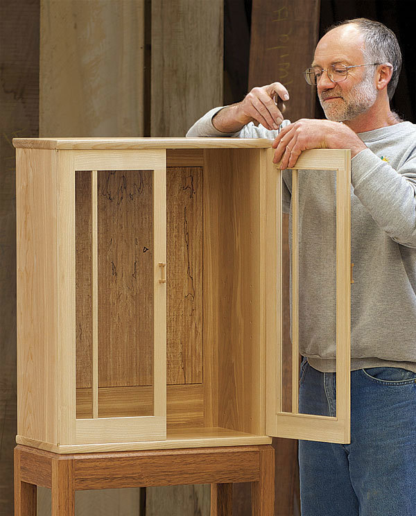 Display Cabinet, the Krenov Way - FineWoodworking