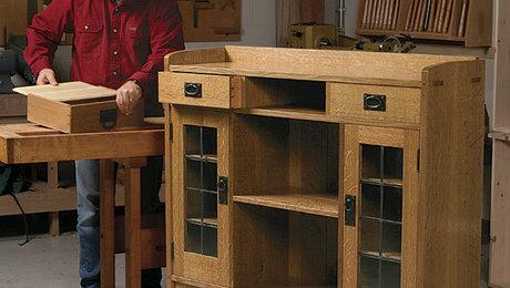 011211030_01-craftsman-display-case