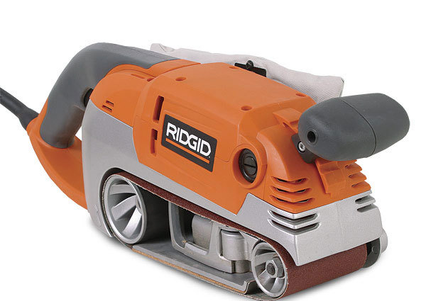 Belt sander r2720 finewoodworking ridgids new variable speed belt sander is a thoughtfully designed tool with a sturdy feel and attractive features heavier 424 and 324 sanders may be sciox Image collections