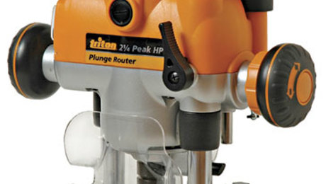 M0F001KC 2-1/4 HP Plunge Router - FineWoodworking