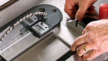 Tool Review: Wixey Digital Protractor - FineWoodworking