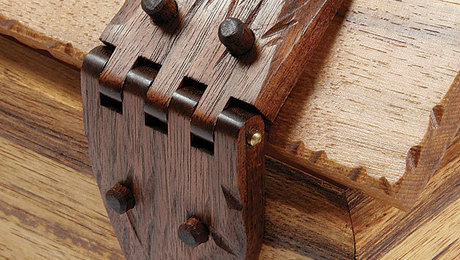 011234080_wooden-box-hinges
