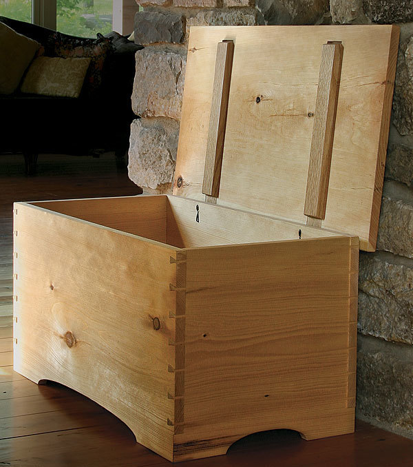 Blanket Chest by Hand - FineWoodworking