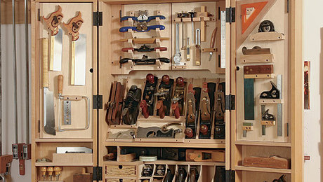 011237032_hand-tool-cabinet