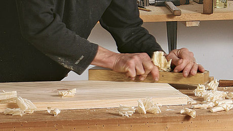 011239024_milling-with-handtools