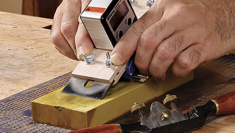 011245022_sharpen-your-spokeshave