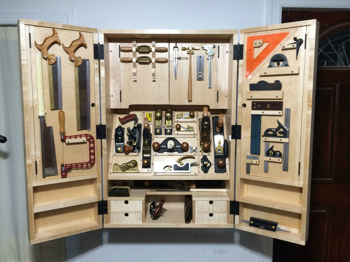 Tool cabinet from fw 237 finewoodworking for Cabinet design tool