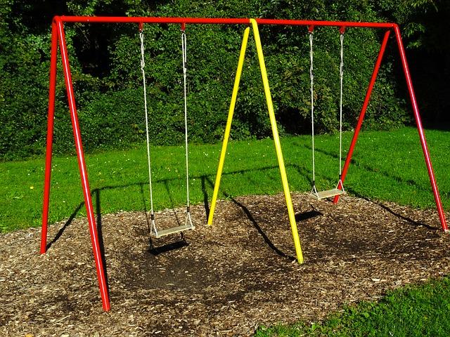 Building a Swing Set in a Weekend - FineWoodworking