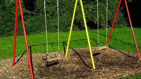 swing-493710_640