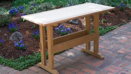 Cedar_trestle_table