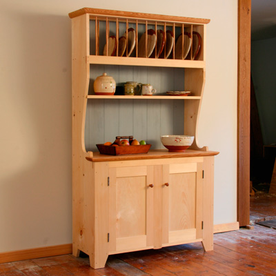 Matt: Andrew Hunters's Country Pine Hutch from issue #242