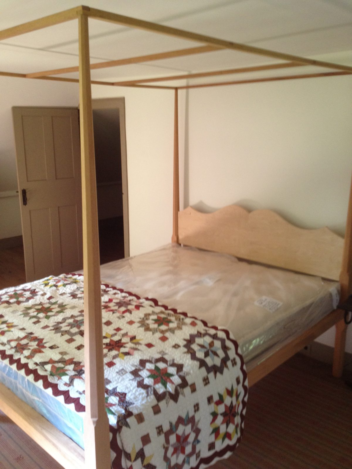 Pencil post bed built from one of fine woodworkings many plans finewoodworking - Fine bed plans images ...