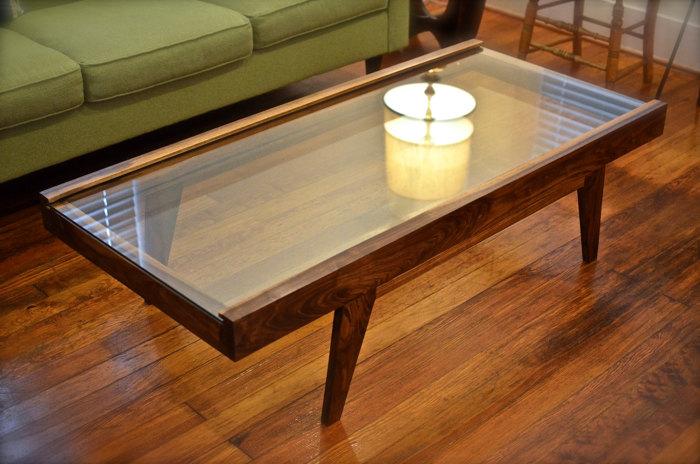 Ryan display coffee table finewoodworking Display coffee table