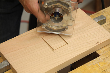 how to cut a mortise with a router