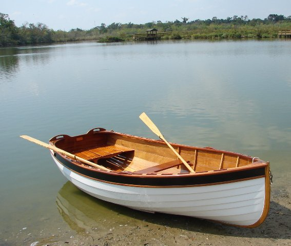 Wooden Boat - Sailing tender - FineWoodworking