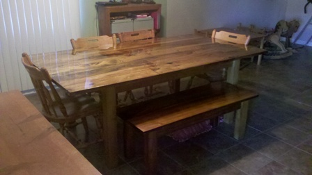 Poplar Dining Table Made From Pallets