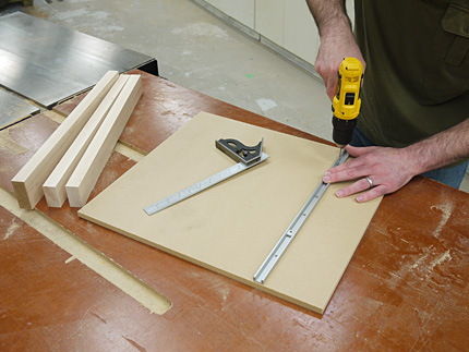 Great Attach One Miter Bar To The Sled Base. Thatu0027s All You Need. Just One. And  The Problem Of How To Align Both Bars To The Slots Is Gone.