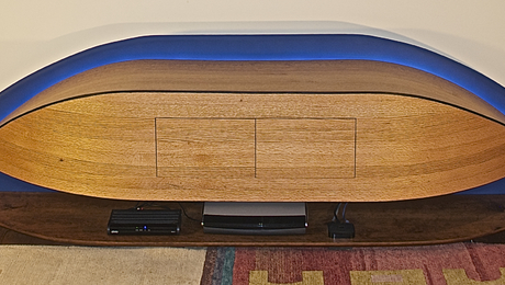 Credenza, front