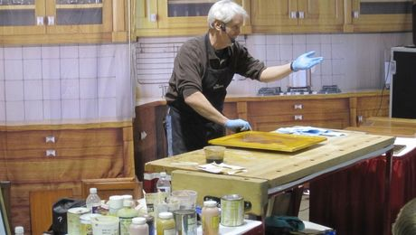 Peter teaching at The Woodworking Shows