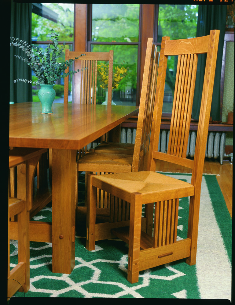 CLICK HERE To Download The Free PDF Article And Woodworking Plan For Alexanders Chair