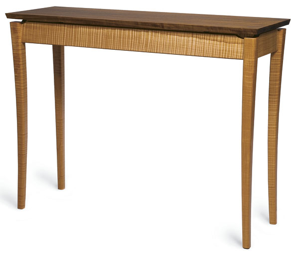 Download the free plan for this curved-leg hall table by Don Kondra.