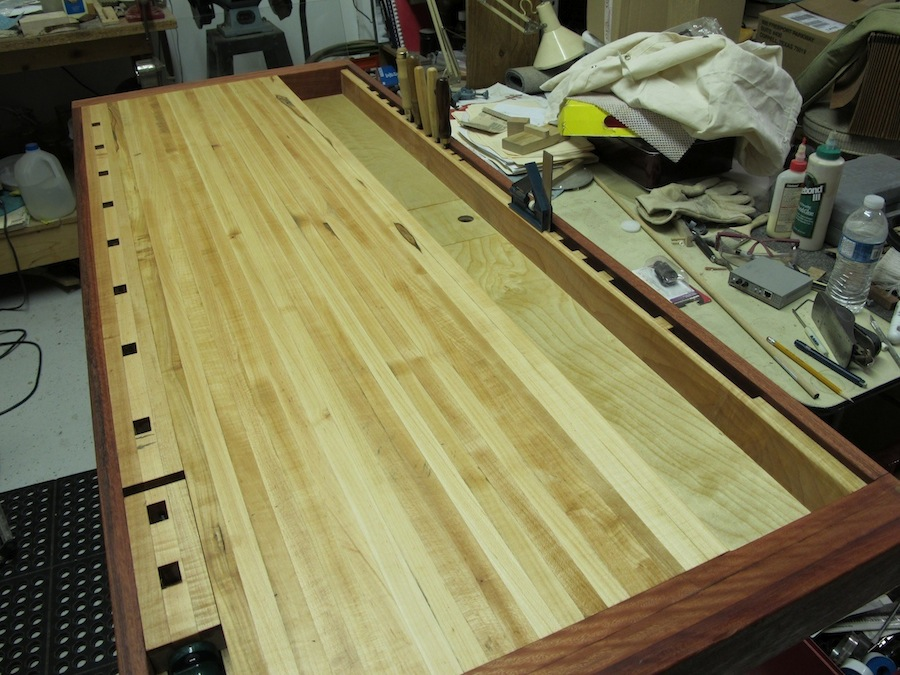 Luthier Bench - FineWoodworking