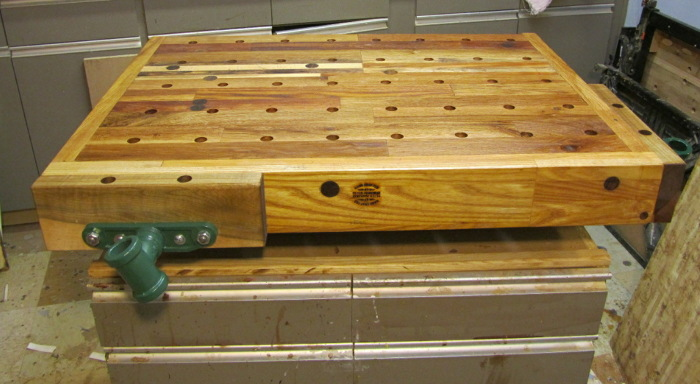 New Bench top for rolling shop cabinet - FineWoodworking