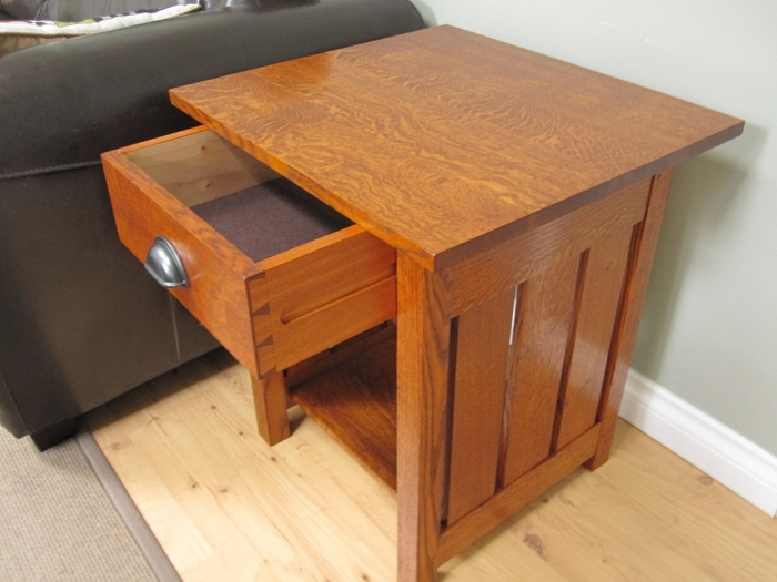 Arts and crafts end tables finewoodworking for Arts and crafts side table