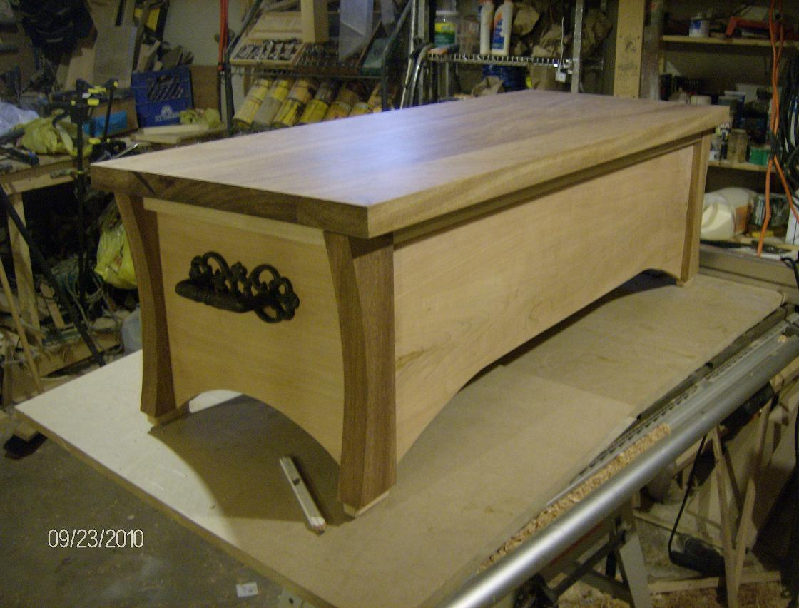 Coffee Table /Game Chest - FineWoodworking