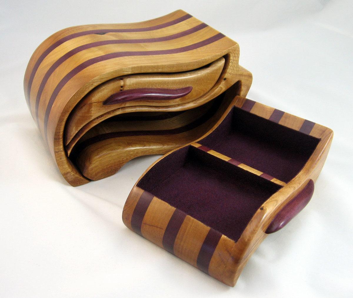Wood Band Saw Box ~ Plum and purpleheart bandsaw box finewoodworking