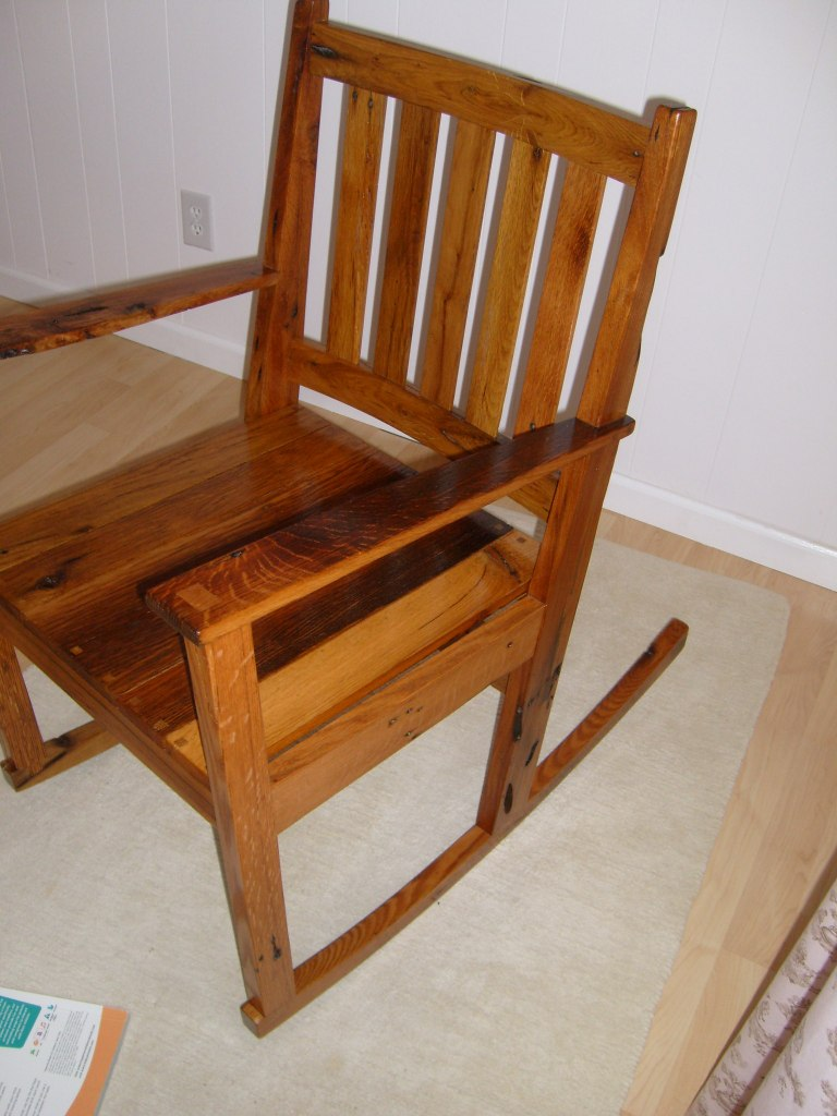 Cocos rocking chair - FineWoodworking