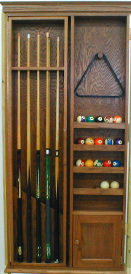 Pool cue cabinet finewoodworking for Cue rack plans