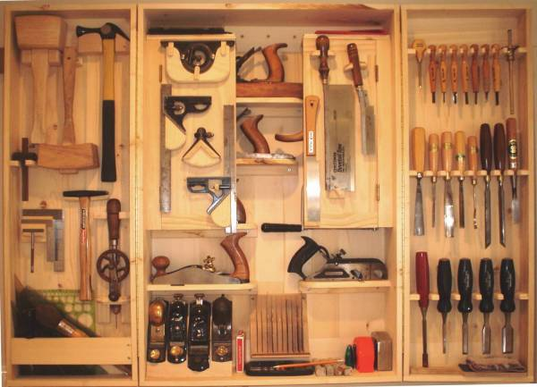 Hanging Tool Cabinet - FineWoodworking
