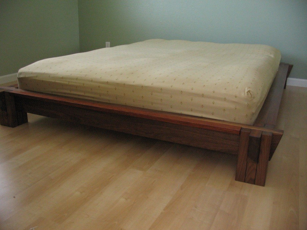 tatami style bed finewoodworking. Black Bedroom Furniture Sets. Home Design Ideas