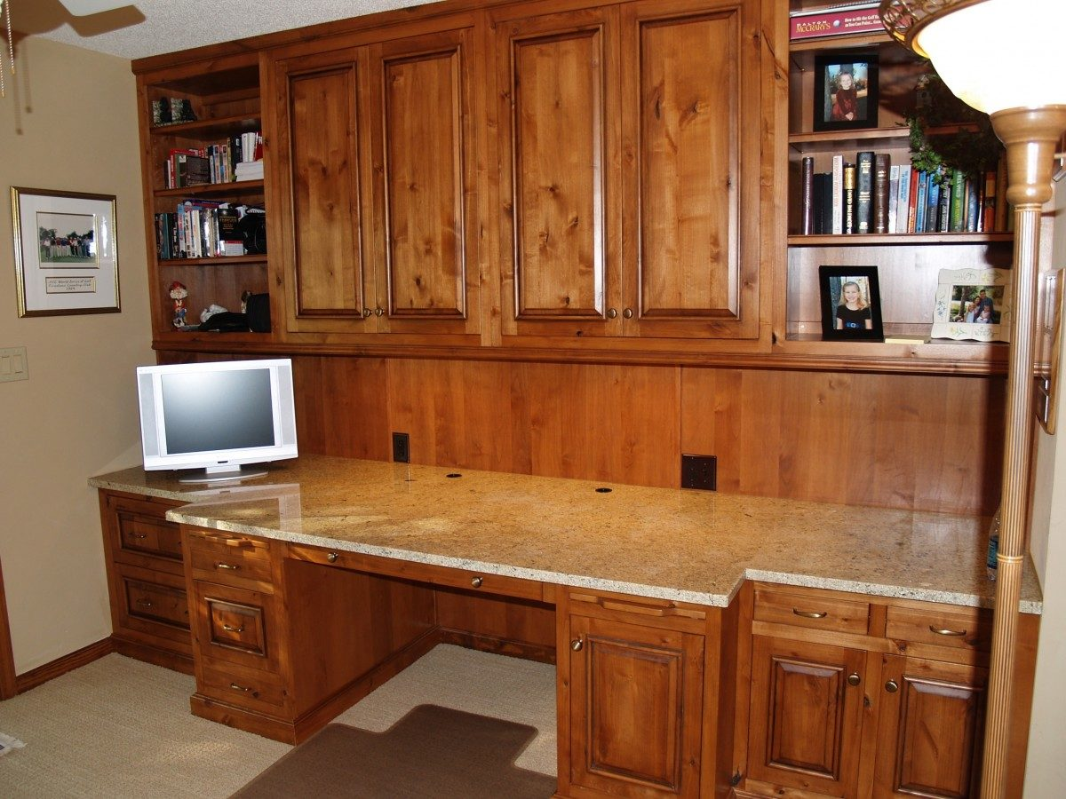 Built in custom home office finewoodworking Custom home office design