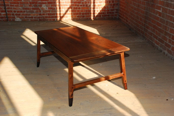 Sawhorse Coffee Table Finewoodworking