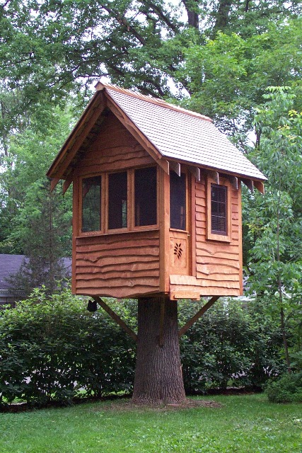 White ash tree house finewoodworking for How to build a treehouse roof