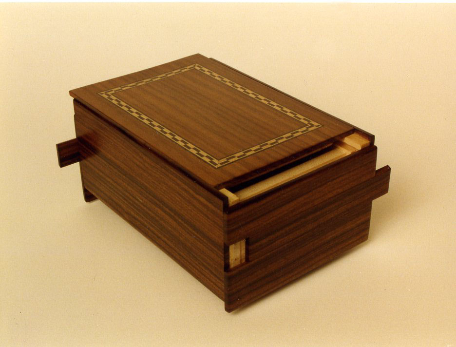 Bolivian Rosewood Puzzle box - FineWoodworking