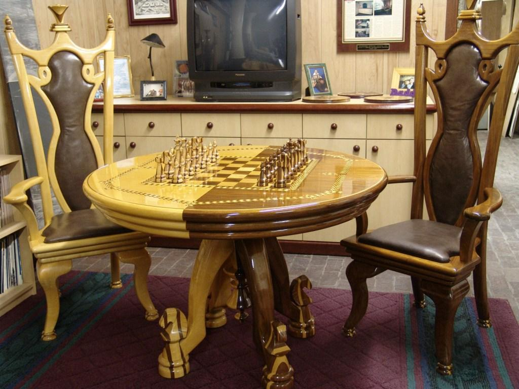 Full Set Table, Chairs U0026 Chess Pieces